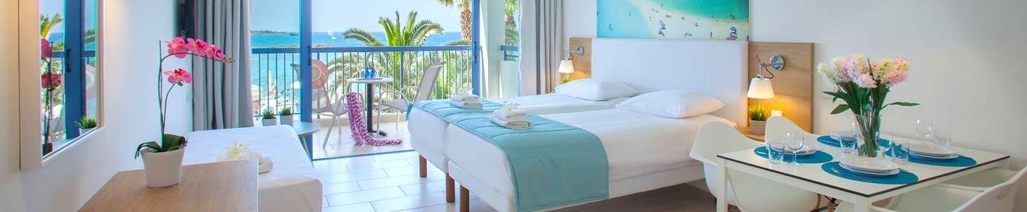 Family Life Nausicaa Beach- Rooms